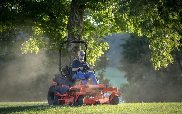 Renegade Gasoline Commercial Zero Turn Mower