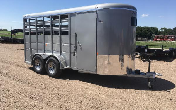Delta 500 Combo 16' Horse Trailer