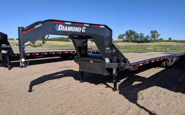Diamond C FMAX210 32' Max Ramps FOLD DOWN SPARE TIRE MOUNT