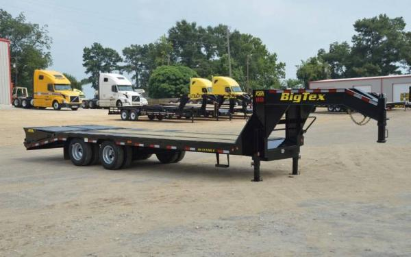 Big Tex 25'+5' Heavy Duty Tandem Dual Axle Gooseneck w/Mega Ramps