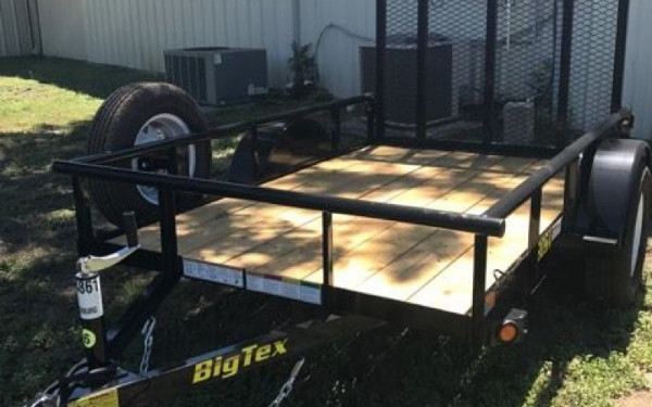 BIG TEX 5'X8' WITH TAILGATE AND SPARE