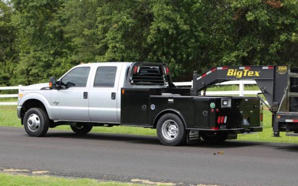 2019 CM TMD Steel Tradesman Deluxe Truck Bed