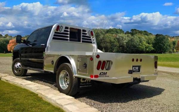 2019 AL SK Aluminum Skirted Truck Bed