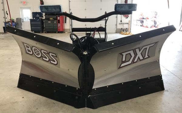 Boss DXT 8.2 Stainless V-plow
