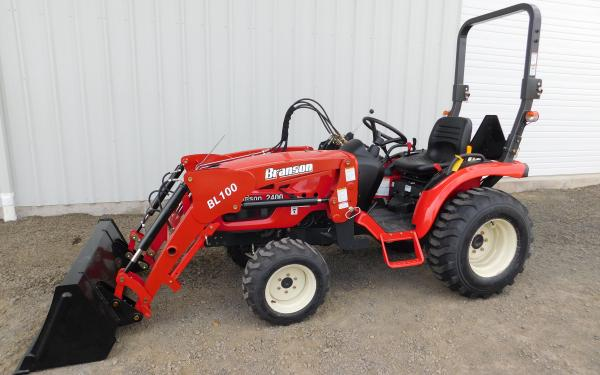 Branson 2400 Tractor with Front End Loader 24HP