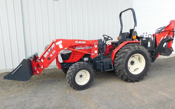 Branson 5220R Tractor with BL25R Front End Loader and BH86