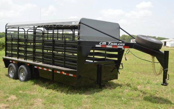 CM BRUSH BUSTER ES 16' STOCK TRAILER W/TARP