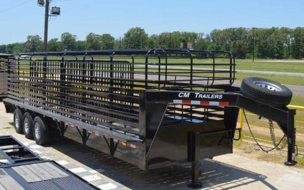 CM BRUSH BUSTER BT 28' STEEL LIVESTOCK TRAILER