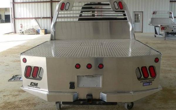 "CM Truck Bed SK Aluminum 8'6"""