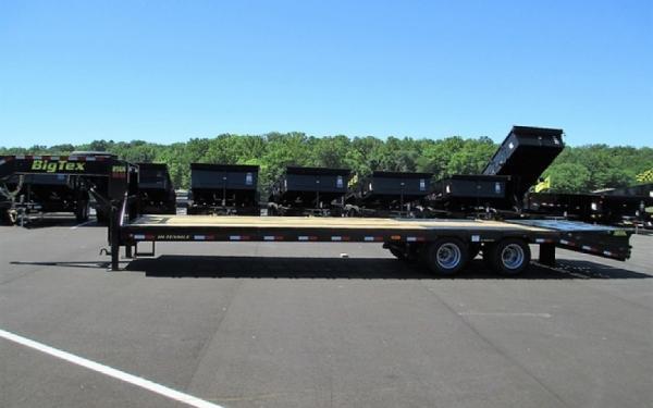 Big Tex 22GN-102x 25 +5 Lo Pro,DT,MegaRamps,Black