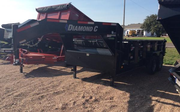 Diamond C 21WD 14 ft Gooseneck