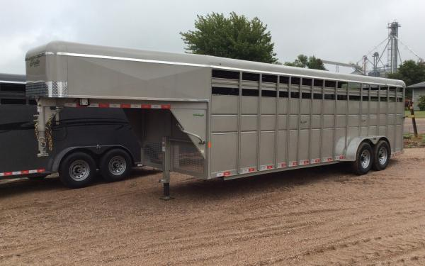 Delta 600HD 24' Stock Trailer