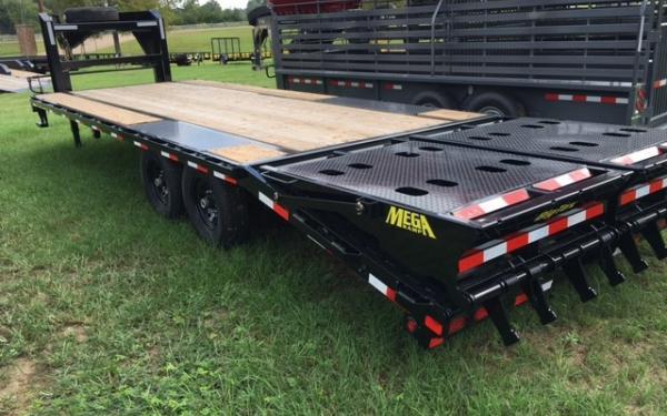 Big Tex 14GN -8 1/2 x 20 +5 Black,5DT with 2-MegaRamps