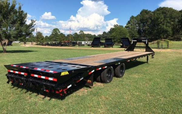Big Tex 22GN-102x 20+5 MegaRamps,Black 2019 & 2020 Models