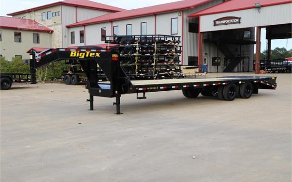 Big Tex 22GN-102 x 28 +5 Lo Pro,DT,2-MegaRamps,Black