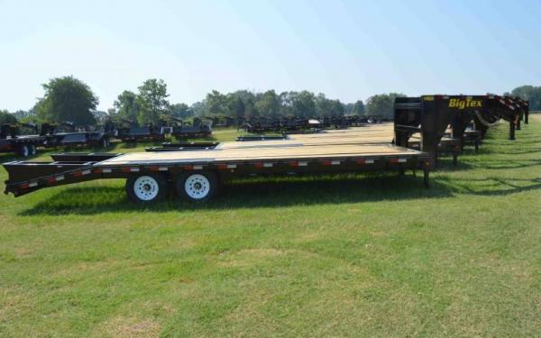 """102""""x20+5 Big Tex Tandem Axle Gooseneck w/Mega Ramps"""
