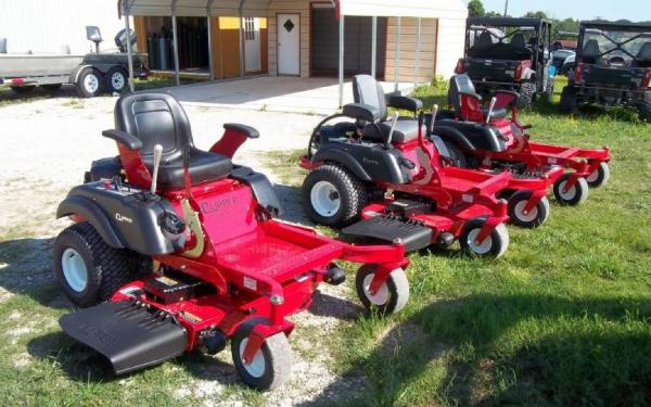 COUNTRY CLIPPER MOWERS SOLD HERE
