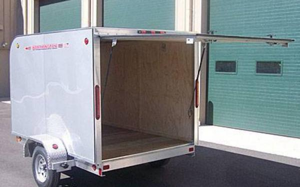 Worthington CGE 66 Series Ultra Light Enclosed Trailer