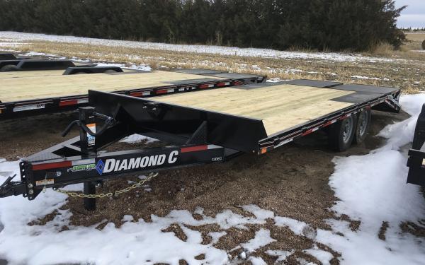 Diamond C 13DEC 20' W/ MAX Ramps