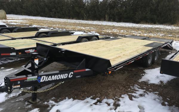 Diamond C 13DEC 22' W/ MAX Ramps