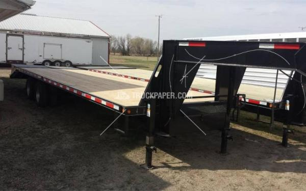 2015 ABU 32' Gooseneck w 2-12k Axles