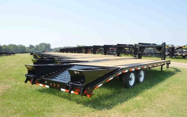 Big Tex 25'+5 Tandem Axle Gooseneck w/Mega Ramps