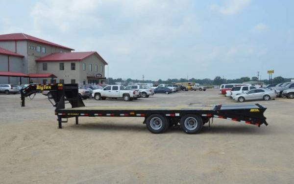 25'+5' Big Tex Heavy Duty Tandem Dual Axle Gooseneck w/Mega Ramps