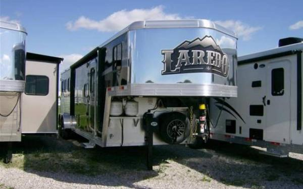 2015 Bison Trailer Laredo 7310 Slide