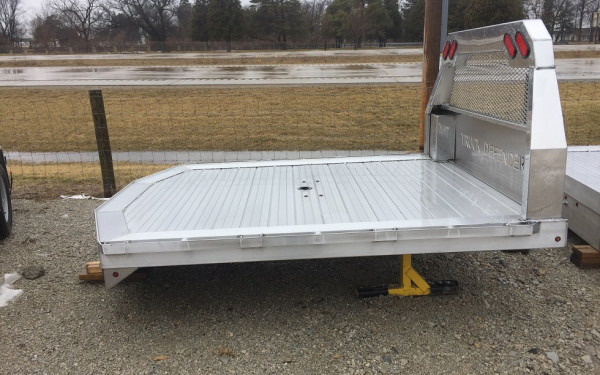 Truck Defender Premium Aluminum Truck Bed, Flat bed